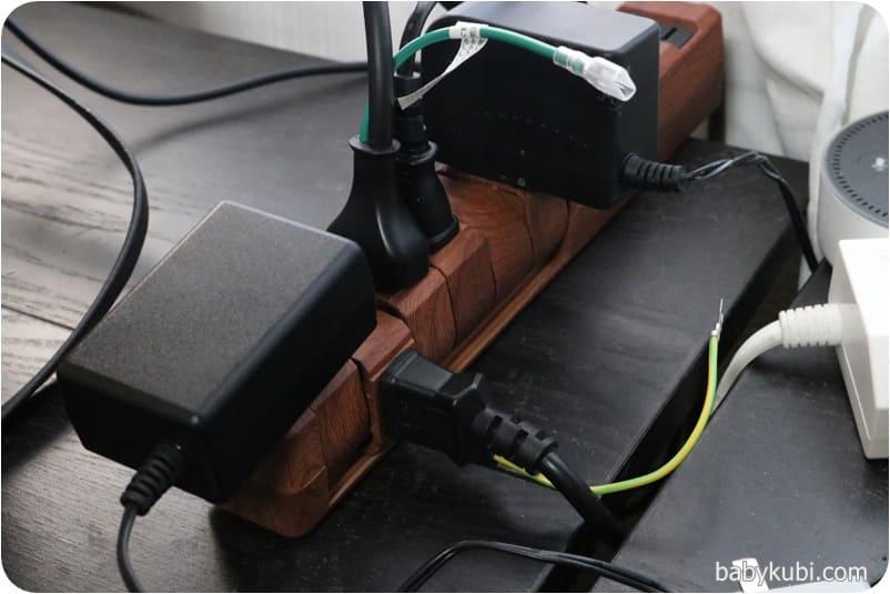 木目調電源タップ